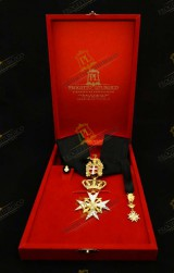 INSIGNIA FOR KNIGHT OF HONOUR AND DEVOTION ORDER OF MALTA