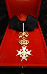 NECK INSIGNIA FOR KNIGHT OF MAGISTRAL GRACE IN OBEDIENCE ORDER OF MALTA
