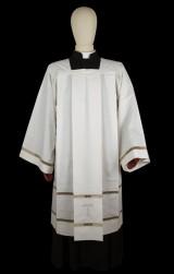 Cotta sacerdotale e rocchetto